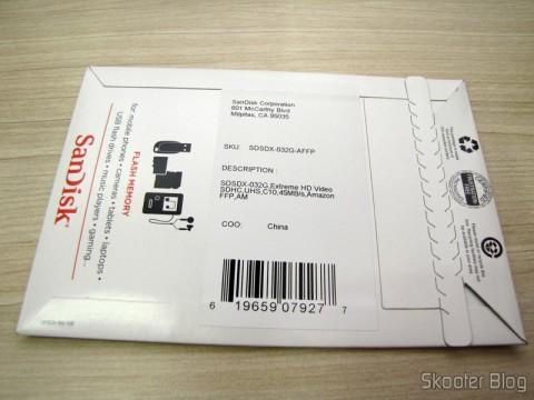 Cartão de Memória Sandisk Extreme 32GB SDHC Classe 10 UHS-1 45MB/s SDSDX-032G-AFFP (SanDisk Extreme 32 GB SDHC Class 10 UHS-1 Flash Memory Card 45MB/s SDSDX-032G-AFFP) em sua embalagem