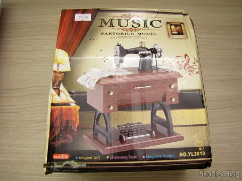 Packing Mini Musical Box Mechanical Old Style Sewing (Vintage Mini Sewing Machine Style Mechanical Music Box)