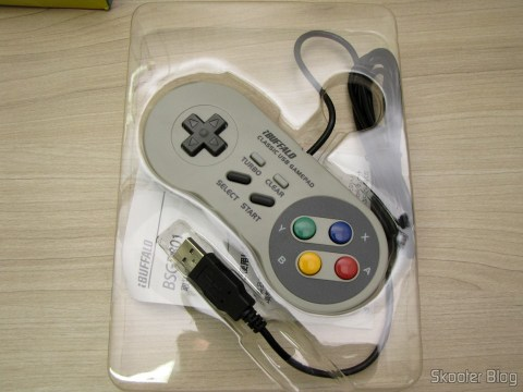 Aside from the Super Nintendo Gamepad (SNES) PC Buffalo (Nintendo Super Famicom SNES Gamepad for PC (PC) (BUFFALO)) from its packaging