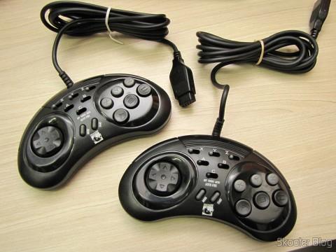 The two controllers 6 Buttons ASCII 'Rhino' for Mega Drive (NEW Sega Genesis 6 Button RHINO PAD controller control)