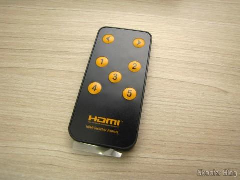Remote Control HDMI Switch w / Remote Control LINK-MI LM-SW04 1080p 3D 5 inputs p / 1 output (LINK-MI LM-SW04 1080p 3D 5 in 1 out HDMI Switch w/ Remote Control - Black)