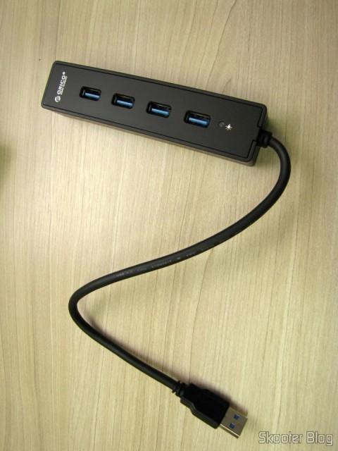 Hub USB 3.0 com 4 portas ORICO W8PH4-U3 (ORICO W8PH4-U3 4-HUB USB 3.0 Hub - Black)