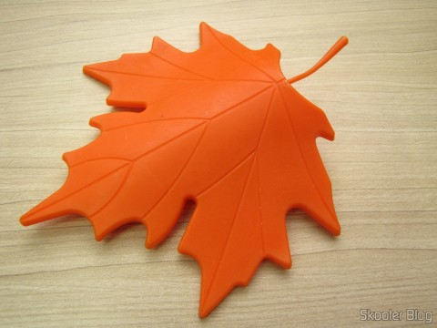 To-Door Style Orange Maple Leaf (Maple Leaf Style Door Stopper Guard - Orange)