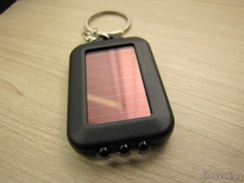 10 Chaveiros com Mini-Lanterna com 3 LEDs Recarregável com Luz Solar