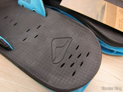 Detail of the insole Slippers pair Reef XS Male (Reef Men's X-S Flip Flop)