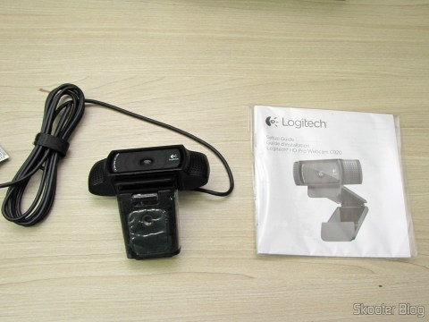 Logitech HD Pro Webcam C920, 1080p Widescreen Video Calling and Recording e manual de instruções