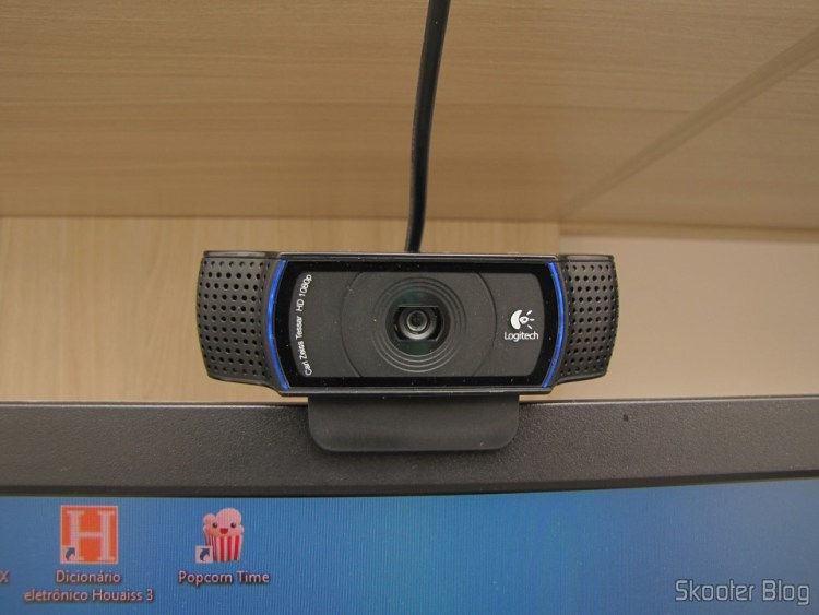 Logitech HD Pro Webcam C920, 1080p Widescreen Video Calling and Recording, operation