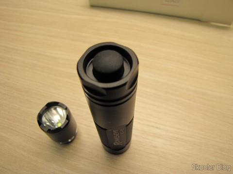 One of the 3 Create Lanternas Romisen RC-R5 XP-G R5 300 Lumens 3 Modes, Black, AA battery or 14500 (Romisen RC-R5 Cree XP-G R5 300-Lumen 3-Mode White Flash Light – Black (1 x AA / 1 x 14500))