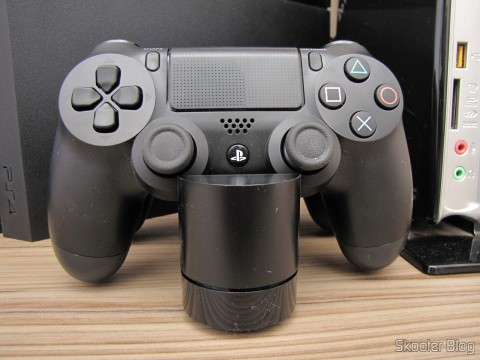 Official Dualshock 4 Charging Station (PS4) (SONY), operation