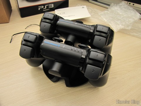 Official Dualshock 3 Charging Station (PS3) (SONY) with the Dualshock 3 connected