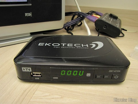 EKOTECH ZBT-670N running, note that a segment of the numbers of the display does not light