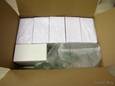 Duxlite 12.5W A60 E27 (= Incan 100W) COB CRI>80 1260LM 6000K Cool White Light LED Globe Bulb (AC 85-265V) e 5-Pack E27 A60 10W 25x2835SMD 980LM 6500K Cool White Light LED Globe Bulb (85-265In)