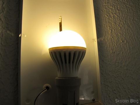 Lâmpada do 5-Pack E27 A60 10W 25x2835SMD 980LM 6500K Cool White Light LED Globe Bulb (85-265In) operation