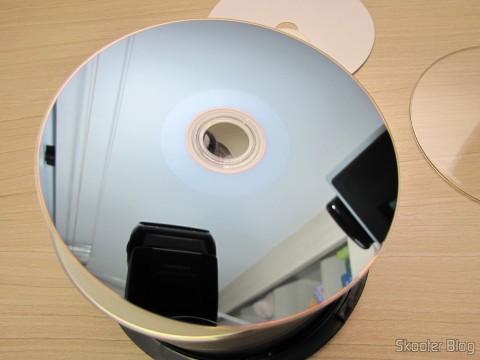 Parte inferior de uma das mídias do Tubo com 50 Discos Blu-Ray Graváveis BD-R 25GB Verbatim 6X
