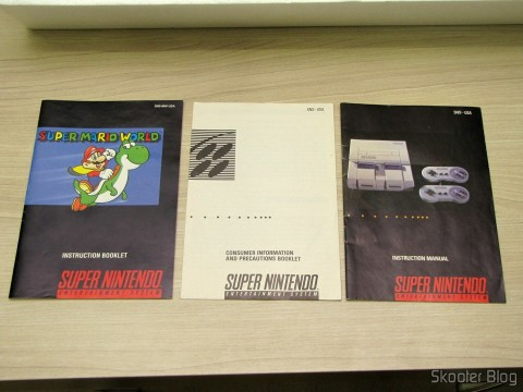 Manuais do Super Mario World e do Super Nintendo