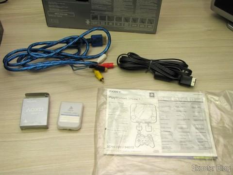Manuais, Memory Card, Cabo A/V e Cabo A/V com S-Video do Playstation One