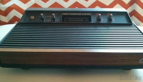 O Atari VCS/2600 com os mods de S-Video, Vídeo Composto, Áudio Estéreo e Pausa