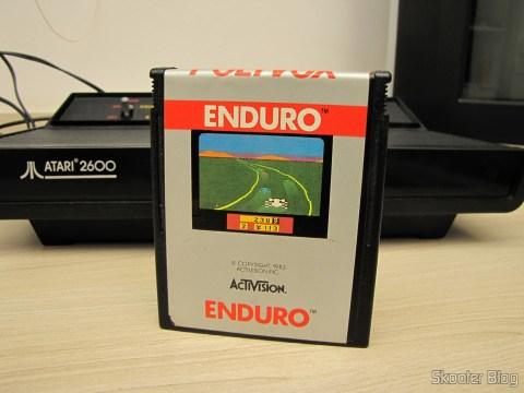 Cartucho Enduro do Atari 2600, após a limpeza padrão Skooter de qualidade