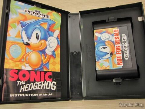 Cartucho e manual do Sonic The Hedgehog
