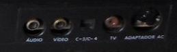 Saídas do Master System da Tec Toy: audio and video RCA plug, source plug DIN
