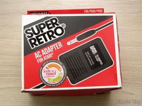 Power Supply for Atari 2600 da Retro-bit, on its packaging