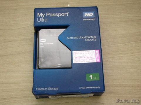 Hard disc (HD) Externo Western Digital (WD) My Passport Ultra 1TB Portátil Externo USB 3.0, on its packaging