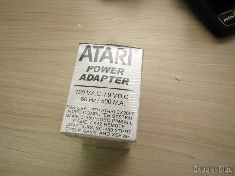Atari US 2600/2600A/2600JR Power Adapter, na embalagem lacrada