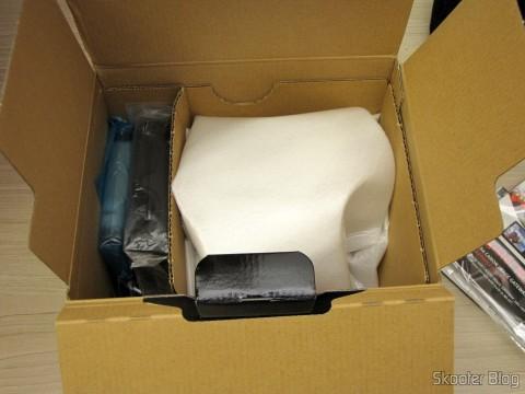 Abrindo a embalagem da Câmera Digital Canon PowerShot SX60 HS