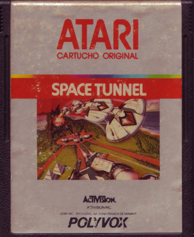 "No Brasil a Polyvox chamou o ""SpaceMaster X-7"" de ""Space Tunnel"""