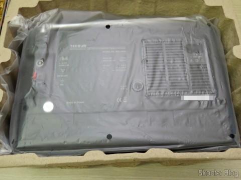 Abrindo a embalagem do Rádio Tecsun BCL-3000 com Sintonizador Analógico e Display Digital AM/FM/SW Mundial