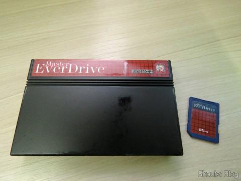 Master Everdrive (Deluxe Edition) e cartão SD que o acompanha