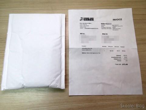 Pacote com o PowerBase Mini FM e Invoice