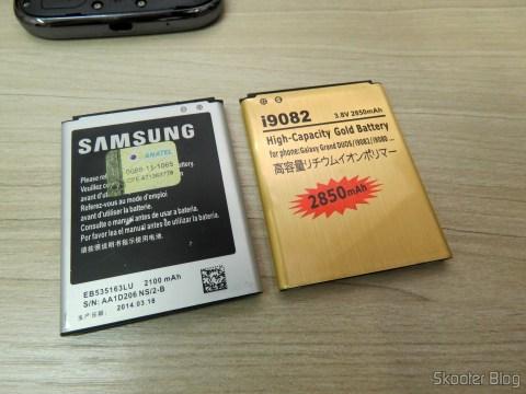 Replacement 3.8V 2850mAh Dual Cells Battery for Samsung Galaxy Grand / i9080 / i9082 – Golden ao lado da Samsung falsificada
