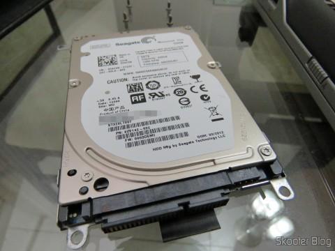 O HDD Seagate 320GB removido do Dell Latitude E6220