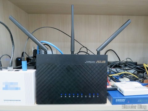 Router ASUS RT-AC68U, making the charge balaceamento between the fiber optic connection and ADSL connection