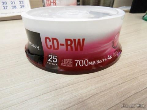 Embalagem com 25 CD-RW Sony