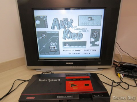 Master System II with problems in color, requires adjustment in Trimpot