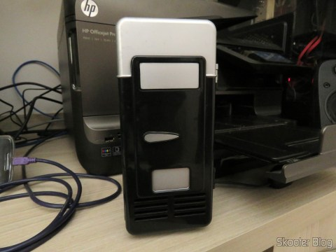 USB Mini Fridge with Jtron DC 5V / 0.15A Cooling Fan - Black already up and running