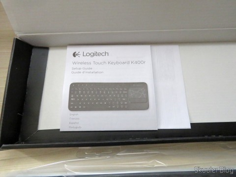 Wireless keyboard with Logitech Touch Mouse K400R and instruction manual