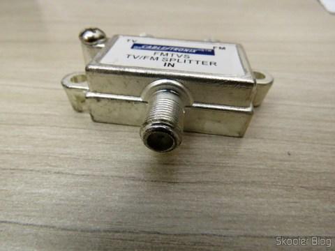 Separador ou Combinador de TV e FM 75 Ohms Cabletronix FMTVS
