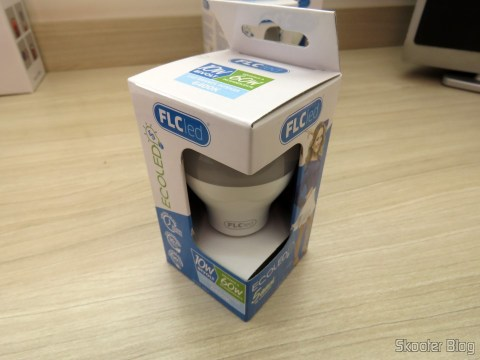 FLC LED lamp 10W 6400 k, on its packaging