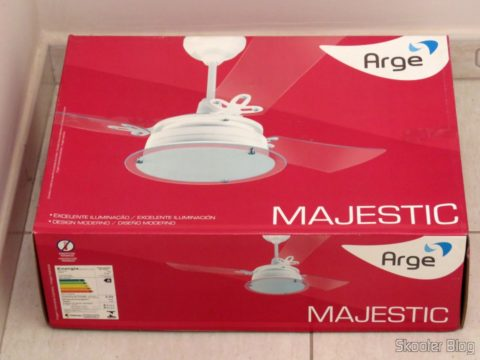 Arge Majestic Lumina ceiling fan, on its packaging