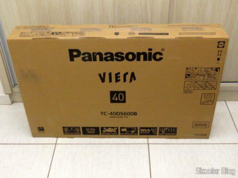 """Smart TV Panasonic Viera 40"""" - TC-40DS600B, em sua embalagem"""