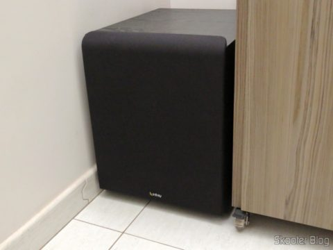 Subwoofer Infinity Primus PS312, installed in your corner