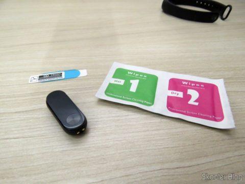 Mi Band 2 pronta para aplicação de uma das 10 Películas para Xiaomi Mi Band 2