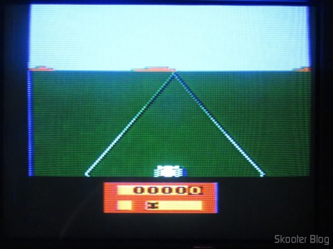 Colors of the Enduro on my Atari of Polivoks, model with built-in source and detachable joysticks, After the hue adjustment