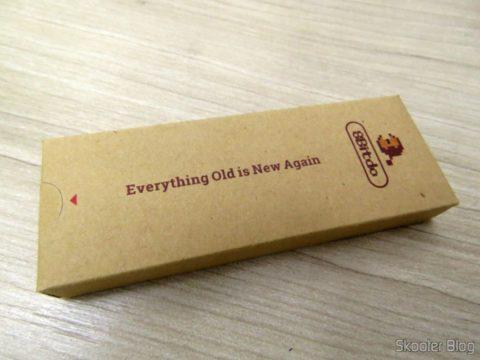 Keychain box accompanying the Crissaegrim NES30 PRO 8Bitdo