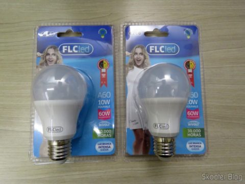2 FLC A10 LED bulbs 10W 6400 k