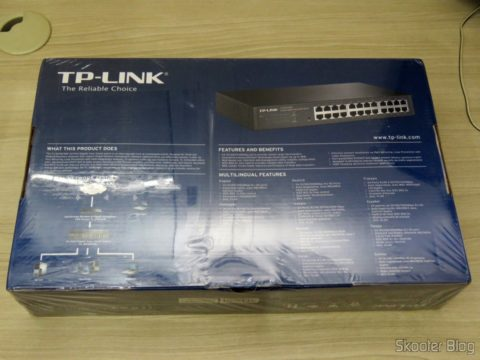 Tp-Link TL-SG1024DE V2, on its packaging