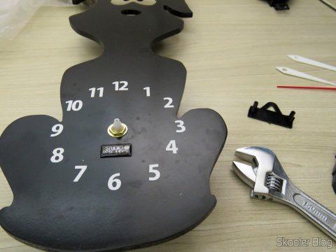 Instalando a Máquina de Relógio com Pêndulo Dourado - Eixo 17